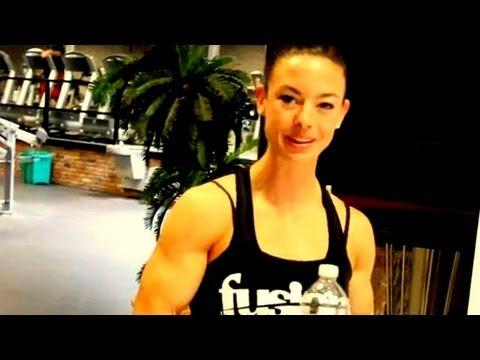 Jodi Boan - BEING A BODYBUILDER #21: JODI BOAM AT THE 2011 TORONTO PRO SUPERSHOW