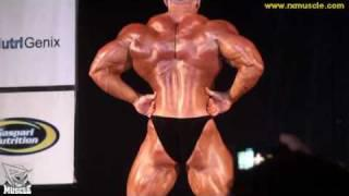 Dennis Wolf Guest Posing at the 2010 Pittsburgh Pro Am!
