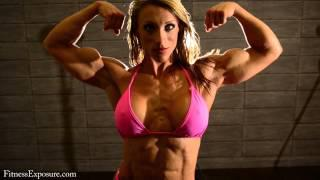 Susanna Tirpak Flexing