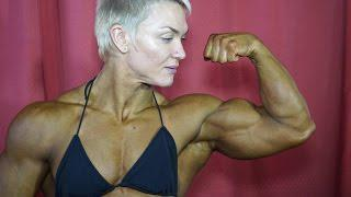 Yevgeniya Kirilych female bodybuilding