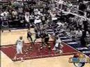 Halo9 - Shaq dunks all over Hakeem Olajuwon
