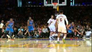 Russell Westbrook monster dunk on the Lakers (2014.03.09)