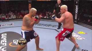Fight Night Japan Free Fight: Mark Hunt vs. Chris Tuchscherer