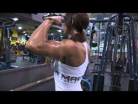 WBFF 2011 Pro Bree Lind 3 Weeks Out! Workout! Motivation!